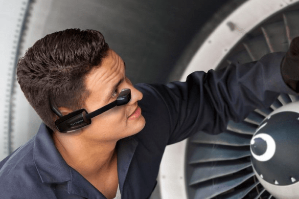 Apizee diag smartglasses aircraft assistance inspection